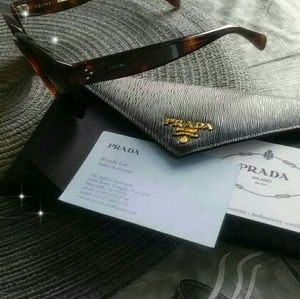 Prada leather envelope wallet in black